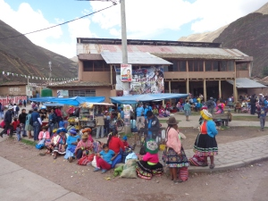 Election fever at Ollantaytambo